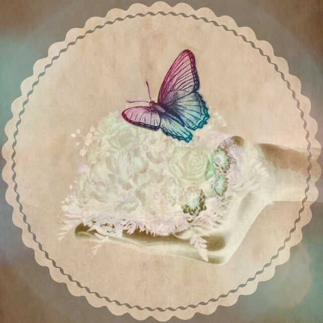 Lightness   #FreeToEdit #doubleexpousure #myeditoffreetoedit #hand #flowers #butterfly #feelings #spirit  #remixed from @tiptoetr